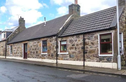 Snaptrip - Last minute cottages - Inviting Buckie Cottage S72268 -