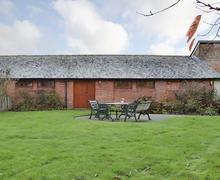 Snaptrip - Holiday cottages - Stunning Ringwood Cottage S72300 -