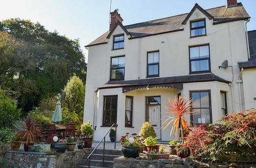Snaptrip - Last minute cottages - Lovely Abersoch Cottage S72320 -