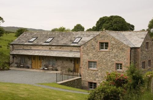 Snaptrip - Last minute cottages - Exquisite Kendal Barns S879 - Beckside  Barns, self catering Kendal, Lakes Cottage Holidays
