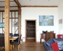Snaptrip - Last minute cottages - Excellent Harbledown Cottage S72662 -