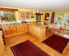 Snaptrip - Last minute cottages - Stunning Halsinger Cottage S73574 - Newly fitted quality wooden kitchen