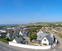 Snaptrip - Last minute cottages - Wonderful Croyde Cottage S73640 -
