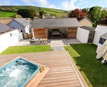 Snaptrip - Last minute cottages - Gorgeous Croyde Cottage S73643 - Hot Tub a firm favourite after a surf! ... Croyde is the surf mecca of England