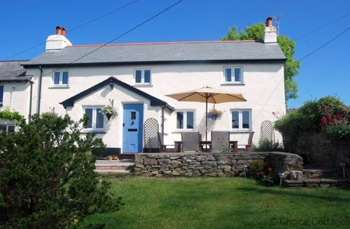 Snaptrip - Last minute cottages - Captivating Georgeham Cottage S73649 - Beautiful country cottage