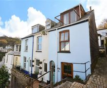 Snaptrip - Last minute cottages - Exquisite Looe Cottage S73839 - Autumn Exterior