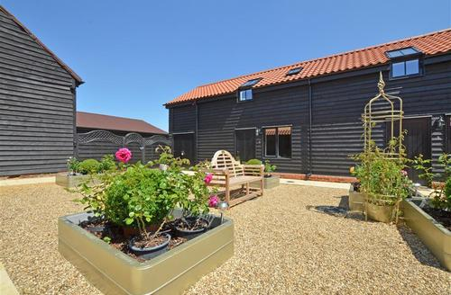 Snaptrip - Last minute cottages - Cosy Saxmundham Rental S10254 - Exterior - View 1