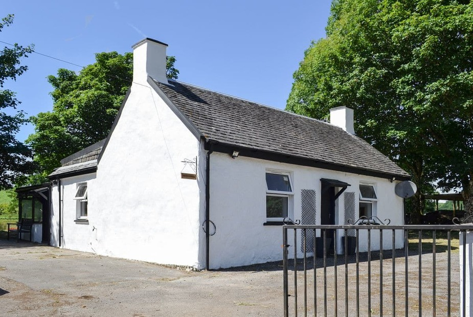 Thistle Cottage Traditional detached holiday cottage   Thistle Cottage, Kilmore, near Oban