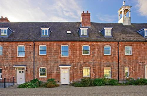 Snaptrip - Last minute cottages - Captivating Blythburgh Rental S10265 - Exterior