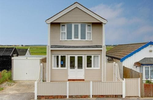 Snaptrip - Last minute cottages - Delightful Southwold Rental S10266 - Exterior
