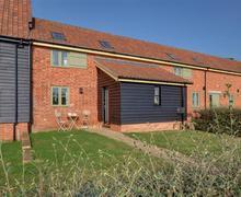 Snaptrip - Last minute cottages - Exquisite Friston Rental S10271 - Exterior - View 2