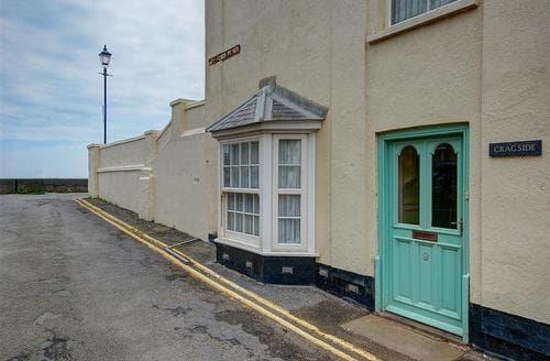 Snaptrip - Last minute cottages - Luxury Aldeburgh Rental S10281 - Front door