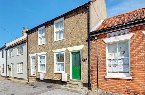 Snaptrip - Last minute cottages - Adorable Southwold Rental S10286 - Main exterior