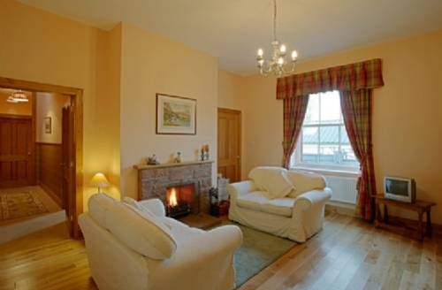 Snaptrip - Last minute cottages - Splendid Lockerbie Cottage S74759 -