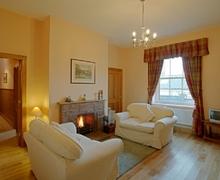 Snaptrip - Last minute cottages - Splendid Lockerbie Cottage S74759 -