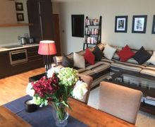 Snaptrip - Last minute cottages - Luxury Westminster Apartment S74760 -