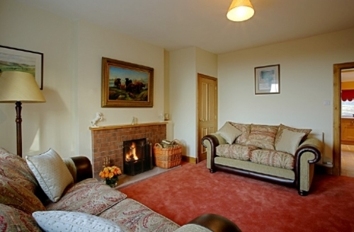 Snaptrip - Last minute cottages - Exquisite Lockerbie Cottage S74766 -