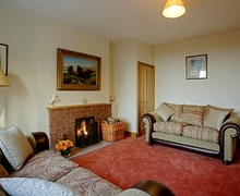 Snaptrip - Holiday cottages - Exquisite Lockerbie Cottage S74766 -