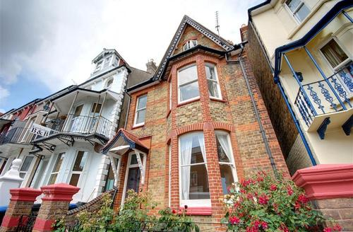 Snaptrip - Last minute cottages - Captivating Ramsgate Rental S10313 - EK188 Exterior
