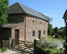Snaptrip - Last minute cottages - Luxury Near Dartmouth Cottage S74826 -