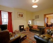 Snaptrip - Last minute cottages - Luxury Lockerbie Cottage S74836 -