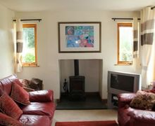 Snaptrip - Last minute cottages - Beautiful Winster Cottage S74849 -