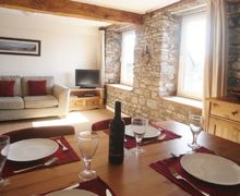 Snaptrip - Last minute cottages - Captivating Sedbergh Apartment S74861 -