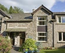Snaptrip - Last minute cottages - Stunning Crosthwaite Cottage S74878 -