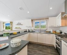 Snaptrip - Last minute cottages - Lovely Pooley Bridge Lodge S74893 -