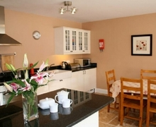Snaptrip - Last minute cottages - Attractive Garlow Cross Cottage S74908 -