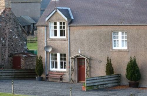 Snaptrip - Last minute cottages - Cosy Kelso Cottage S74909 -