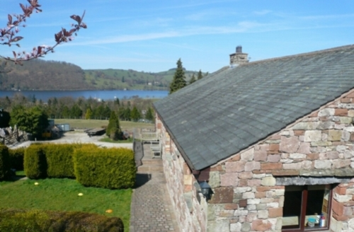 Snaptrip - Last minute cottages - Lovely Pooley Bridge Cottage S74918 -