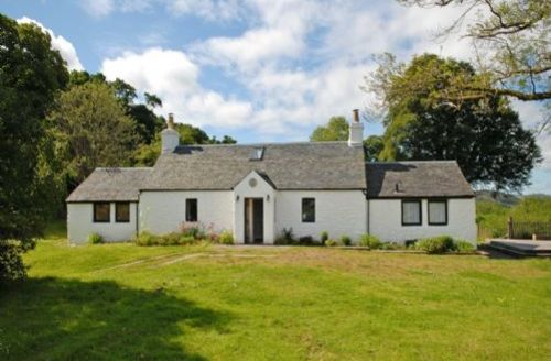 Snaptrip - Last minute cottages - Captivating Near Kilfinan Lodge S74919 -
