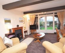 Snaptrip - Last minute cottages - Captivating Thornthwaite Cottage S74940 -