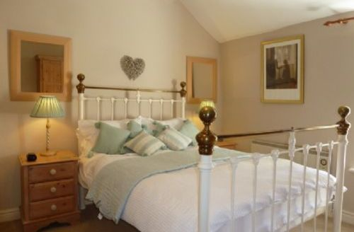 Snaptrip - Last minute cottages - Attractive Stair Cottage S74963 -