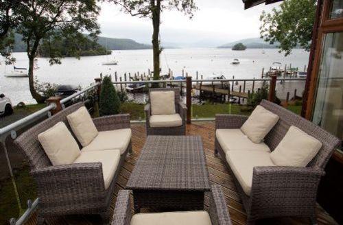 Snaptrip - Last minute cottages - Exquisite Windermere Lodge S74964 -