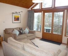 Snaptrip - Last minute cottages - Stunning Keswick Lodge S74971 -