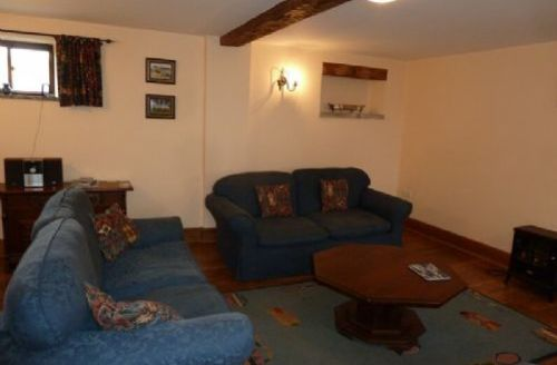 Snaptrip - Last minute cottages - Excellent Brandlingill Cottage S74973 -