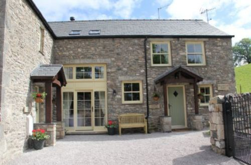 Snaptrip - Last minute cottages - Beautiful Barrows Green Lodge S74986 -