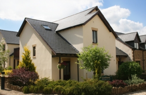Snaptrip - Last minute cottages - Adorable Near Ullswater Cottage S74994 -