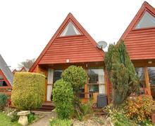 Snaptrip - Last minute cottages - Inviting Kingsdown Rental S10347 - EK204 Exterior