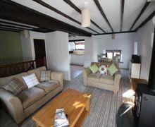 Snaptrip - Last minute cottages - Luxury Spark Bridge Cottage S75045 -