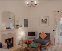 Snaptrip - Last minute cottages - Tasteful Edinburgh Lodge S75049 -