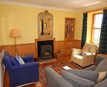 Snaptrip - Last minute cottages - Beautiful Kilfinan Lodge S75053 -