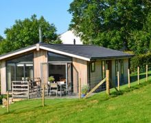 Snaptrip - Last minute cottages - Exquisite Caldbeck Lodge S75055 -