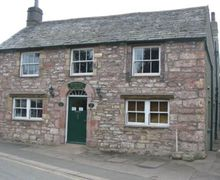 Snaptrip - Last minute cottages - Lovely Pooley Bridge Cottage S75073 -