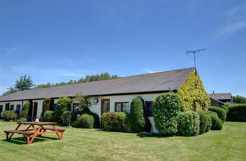 Snaptrip - Last minute cottages - Adorable Ash Rental S10355 - CC0064 Exterior