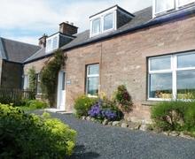 Snaptrip - Last minute cottages - Quaint Jedburgh Cottage S75119 -