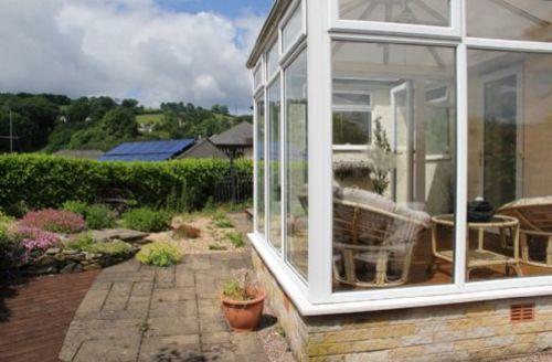 Snaptrip - Last minute cottages - Quaint Lindale Cottage S75123 -