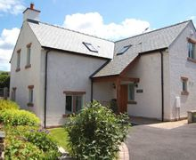 Snaptrip - Last minute cottages - Exquisite Pooley Bridge Cottage S75135 -